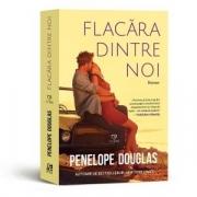 Flacara dintre noi - Penelope Douglas